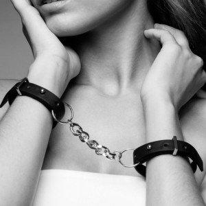 Manette marroni - Bijoux Indiscrets